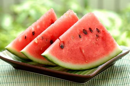 اینفوگرافیک؛ دلایلی برای مصرف هندوانه