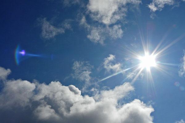 کدام داروها حساسیت به نور خورشید را افزایش می دهند؟