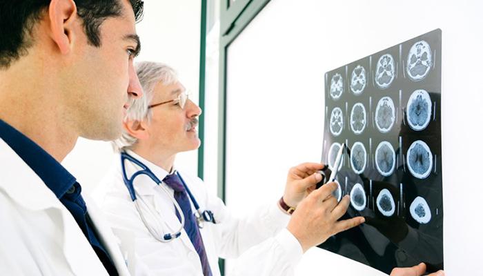 کنترل  بیماری های سیستم عصبی با تکنیک اپتوژنتیک