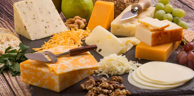 به این 5 دلیل پنیر بخورید