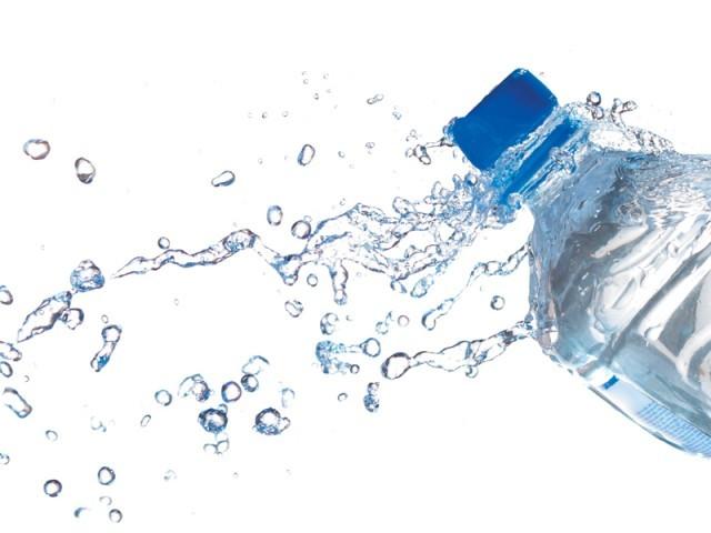 فروش آب معدنی ۷۰ هزار تومان در ایران +عکس