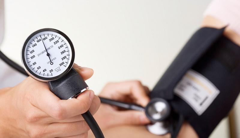 ۱۵ راهحل طبیعی برای درمان فشار خون