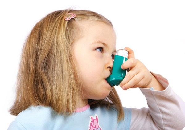 خطر ابتلای کودکان به آسم  با این کار کاهش می یابد!