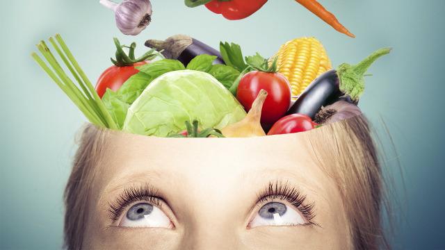 این غذاها مستقیما بر مغز تاثیر می گذارند