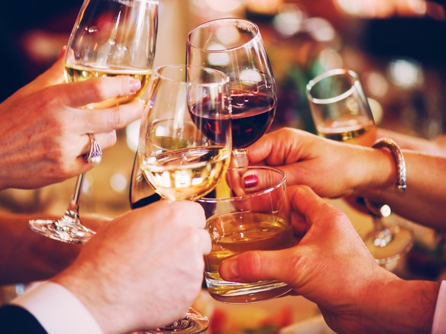 الکل با دستگاه گوارش چه میکند؟