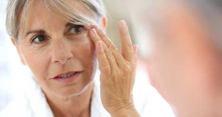 6 عادتی که ترک آنها باعث می شود زیبا و سالم پیر شوید