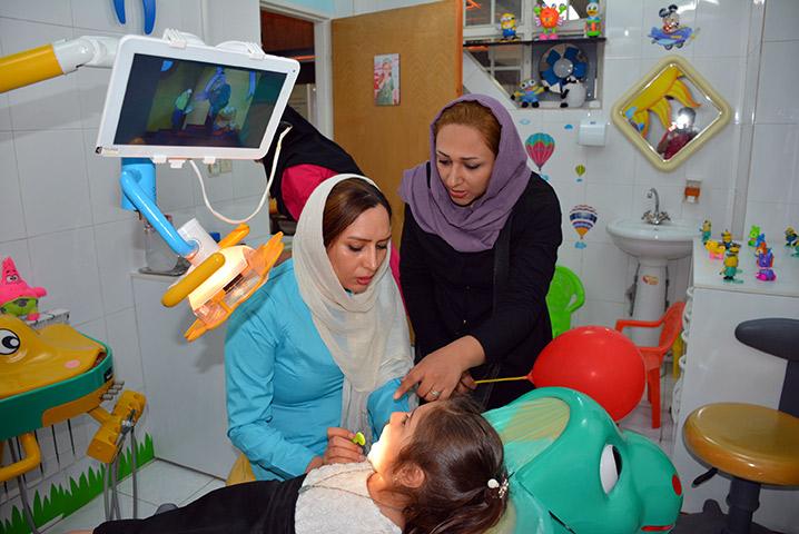 علل روحی و روانی در سایش دندان کودکان