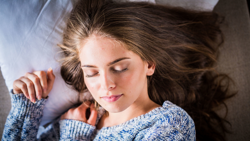 عواقب وحشتناک با آرایش خوابیدن