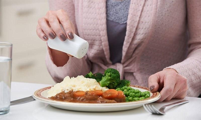 جزو این گروهها هستید، نمک بیشتری مصرف کنید!