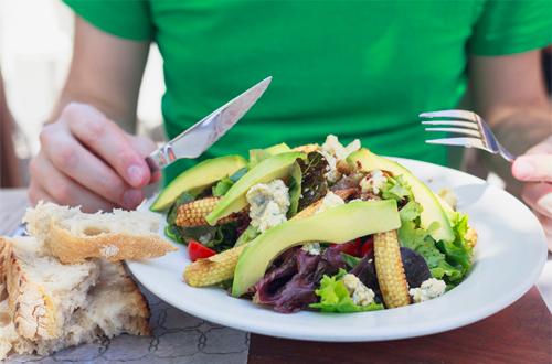 9 ماده غذایی که نباید قبل از ورزش خورد