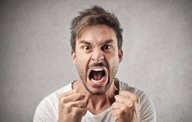 در برابر آدمهای عصبانی، چه واکنشی نشان دهیم؟
