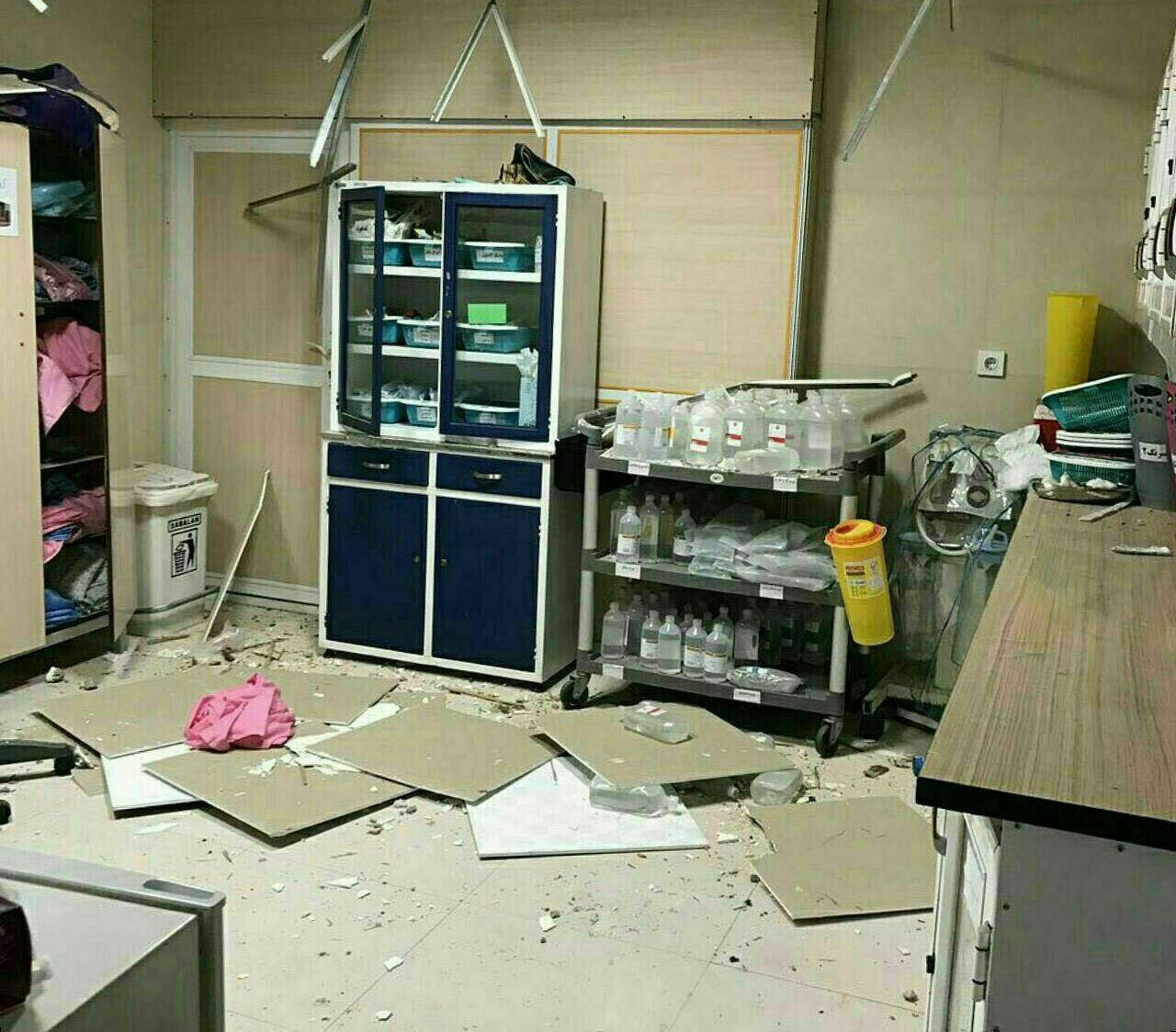 ریزش سقف بخش جراحی زنان یک بیمارستان! + عکس