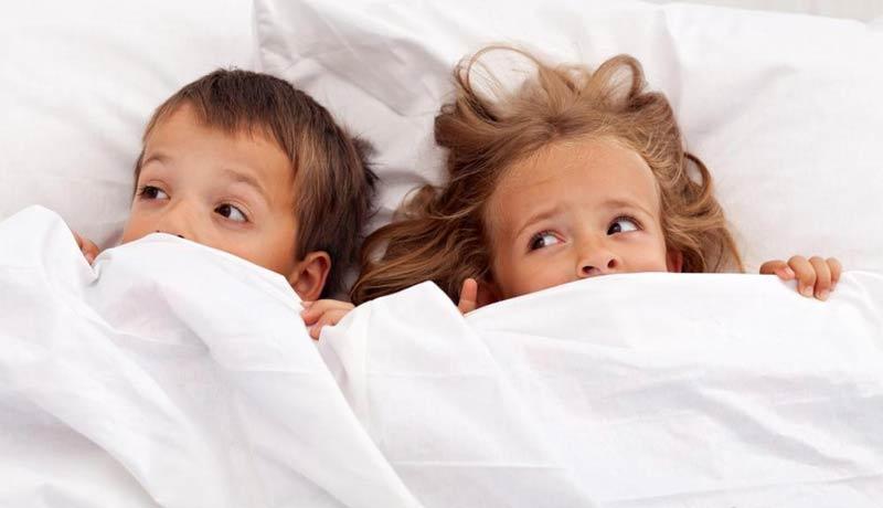 علائم بیماری کرم های نخی در کودکان چیست؟