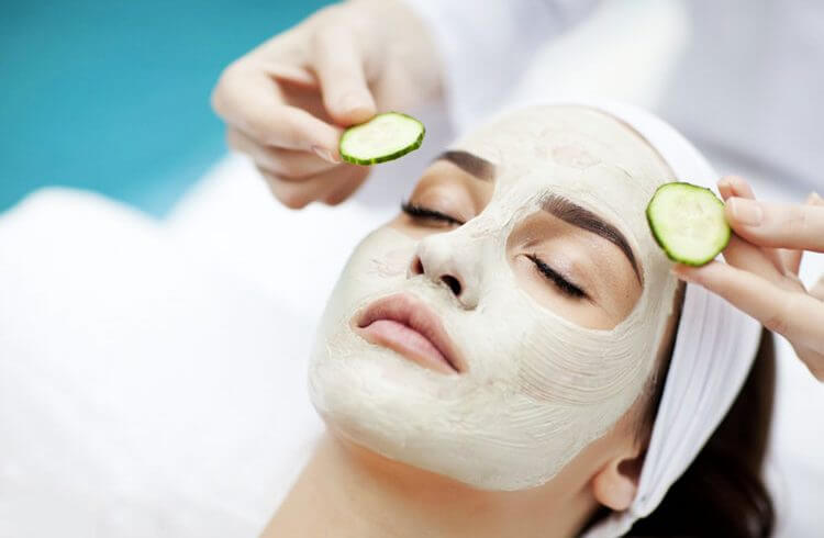 دستورالعمل خانگی برای روشن و درخشان سازی پوست