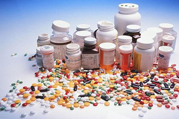 چه کسانی مجازند دارو تبلیغ کنند؟