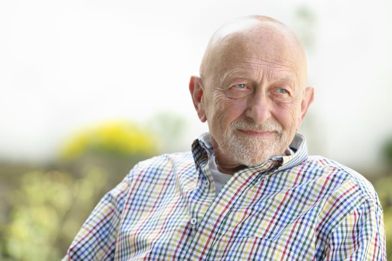 عاملی که باعث تحلیل استخوان در سالمندان میشود