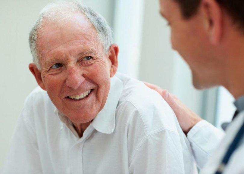 چگونه از سالمندان مبتلا به زوال عقل مراقبت کنیم؟