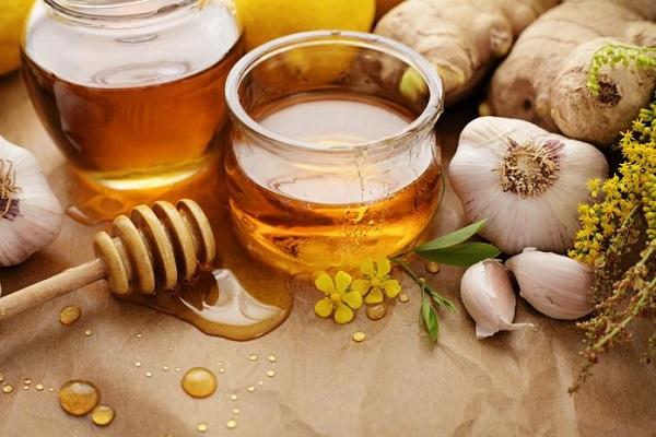 از فواید بی پایان ترکیب سیر و عسل +طرز تهیه