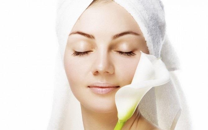 6 راه مراقبت از پوستهای چرب/ پوستتان را آبرسانی کنید