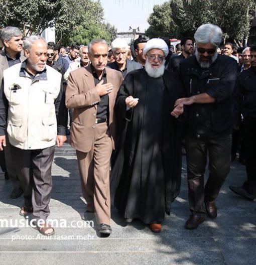 روحانی خوش سیما پدر حامد هاکان است+عکس