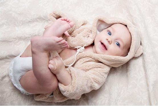 10 کاری که نباید با نوزاد کرد
