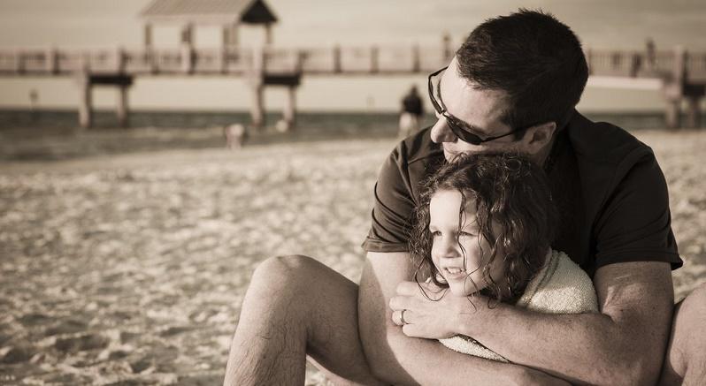 تأثیر پدر بر رشد صحیح دختر