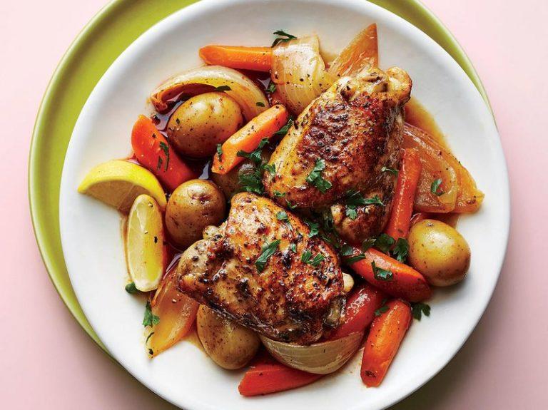 خوراک ران مرغ و سبزیجات