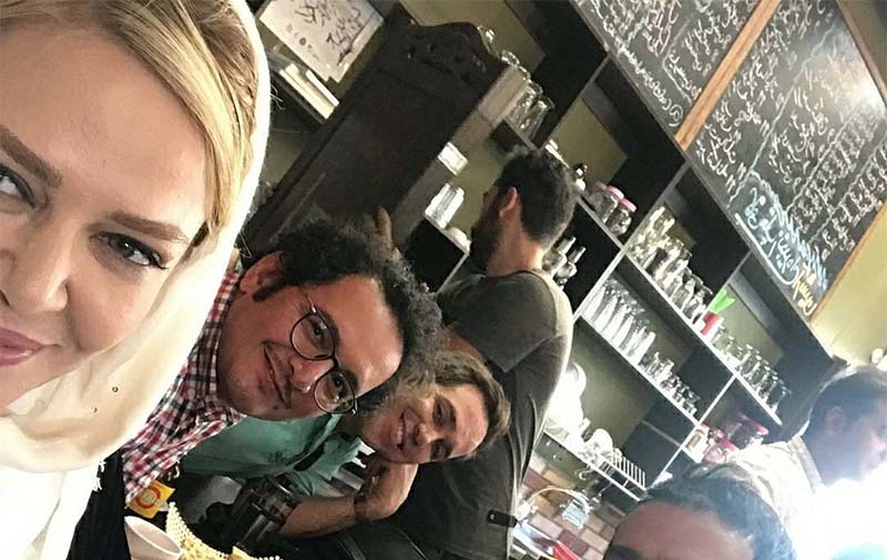 کافه گردی بهاره رهنما به همراه بازیگران آقا! + عکس