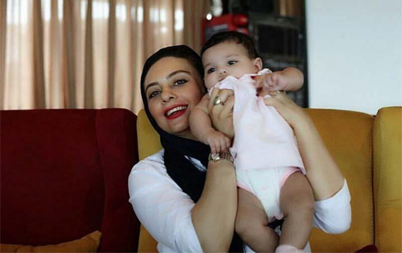 تیپ متفاوت یکتا ناصر به همراه دخترش! + عکس