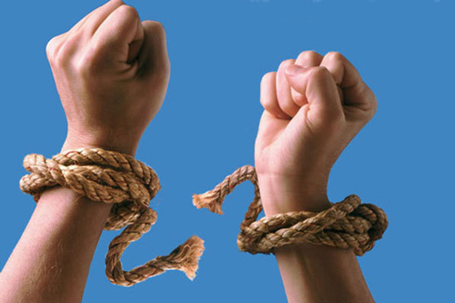 درمان اعتیاد به اجبار امکان پذیر نیست