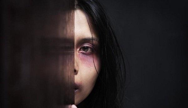 کدام مردان همسرشان را کتک میزنند؟
