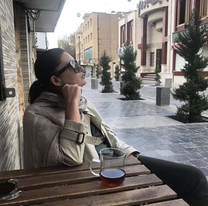 خوشگذرانی بازیگر معروف ترکیه با سری بی حجاب در ایران! + عکس