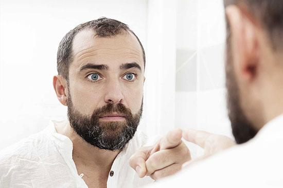 اختلال خود زشت پنداری! مهربانتر به آینه زل بزن