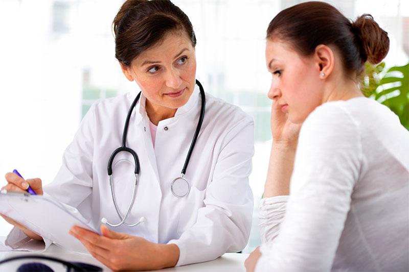 26 علت شایع درد زیر دل در زنان+روش درمان