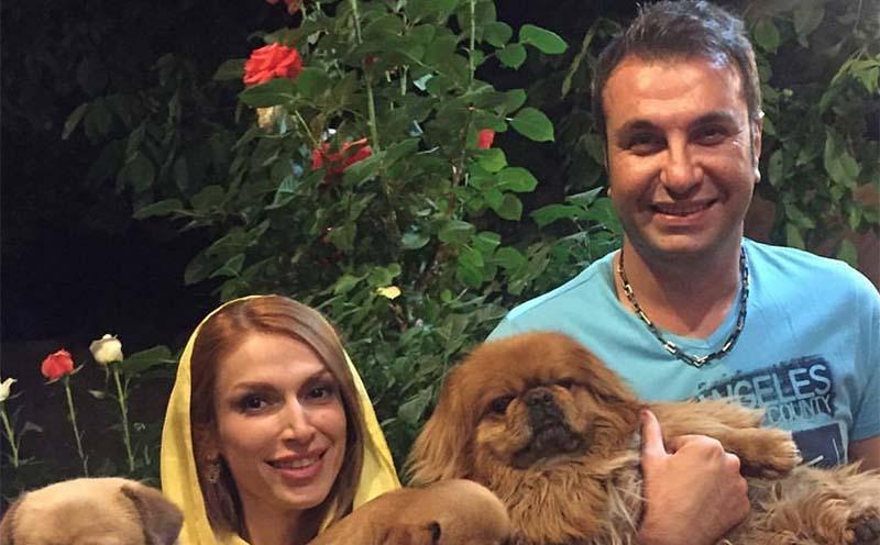تیپ خانم بازیگر در میان توله سگ هایش! + عکس