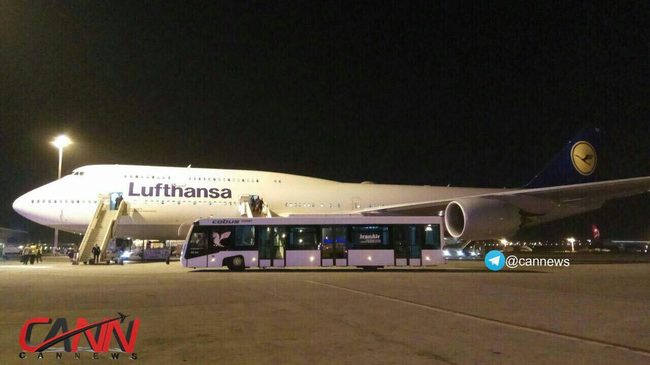 هواپیمای عظیم الجثه بوئینگ برای اولین بار در فرودگاه امام خمینی! + عکس
