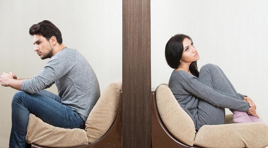 طلاق های عاطفی و نقش شبکه های اجتماعی در شکلگیری آن