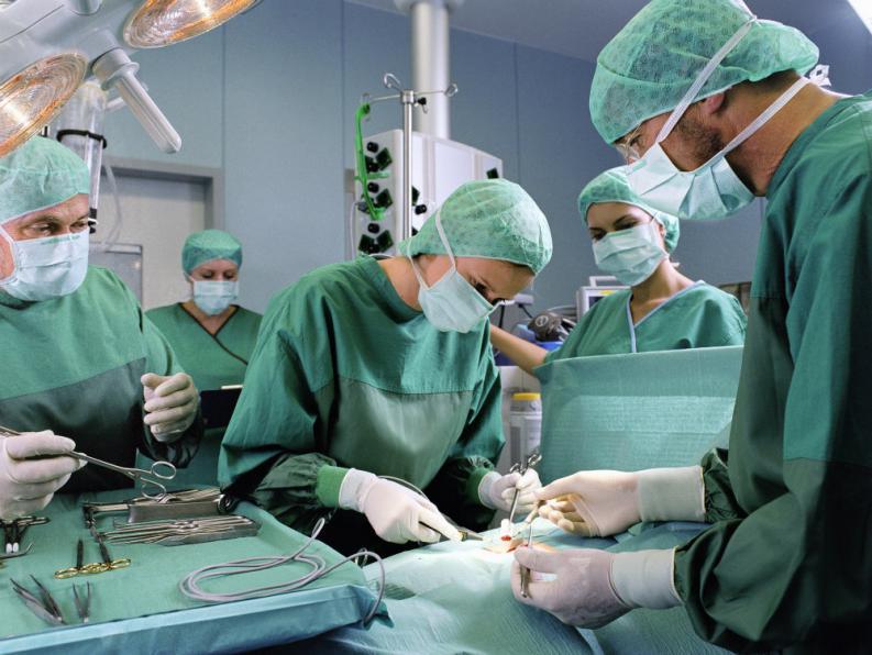 پزشکانی که بدون تخصص وارد حوزه زیبایی می شوند