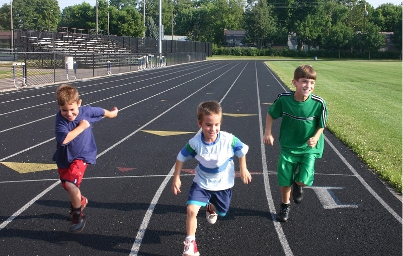 کودکان چاق را چگونه به ورزش کردن ترغیب کنیم؟
