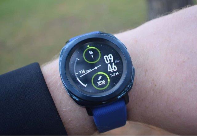 ساخت ساعت هوشمند ورزشی جدید