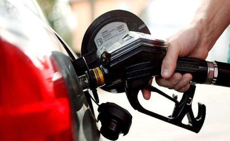 اینفوگرافی؛ ۱۳ تاکتیک رانندگی برای صرفه جویی در مصرف سوخت