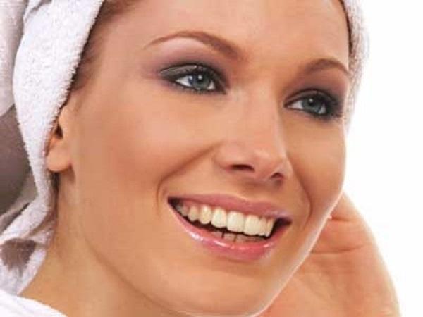 راه حل های بسیار ساده برای شادابی پوست زنان