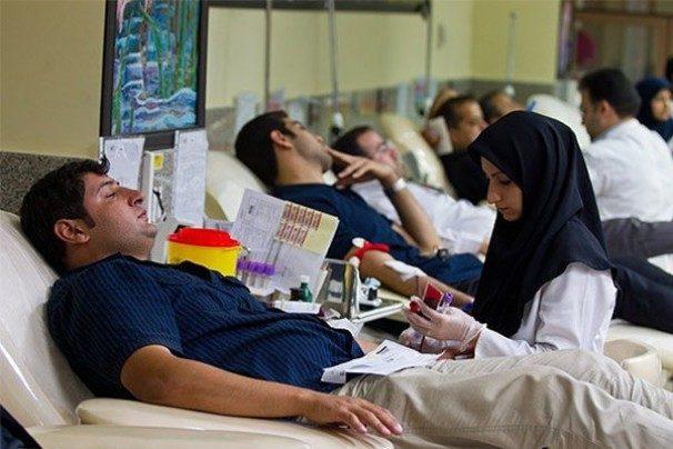 نتیجه تصویری برای اهدای خون برای زلزله زدگان