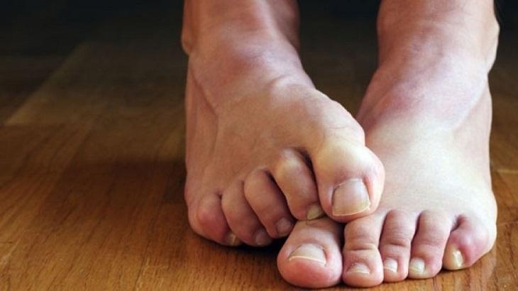 چگونه با پای بیقرار و ضعفکرده کنار بیاییم؟