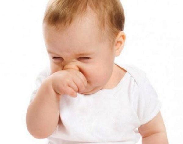 چگونه گرفتگی بینی کودک را درمان کنیم؟