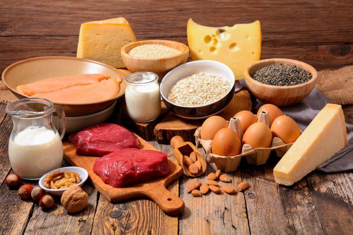 در هر وعده غذایی چه مقدار پروتئین باید خورد؟