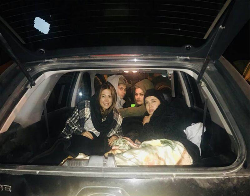 لیلا بلوکات و دوستانش شب را کجا سپری کردند؟ + عکس