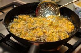 در هنگام آشپزی با روغن، احتیاط کنید