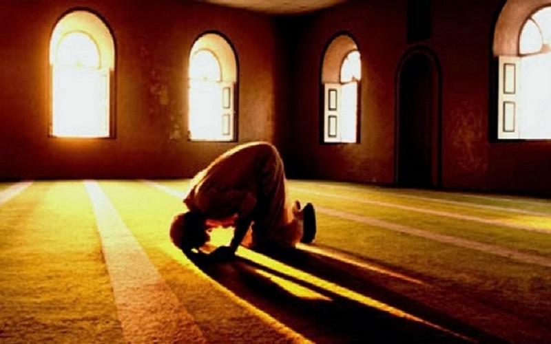 دنیا را با نماز شب بشناسید