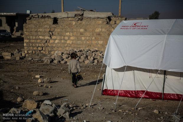 تامین داروهای اساسی زلزله زدگان غرب کشور